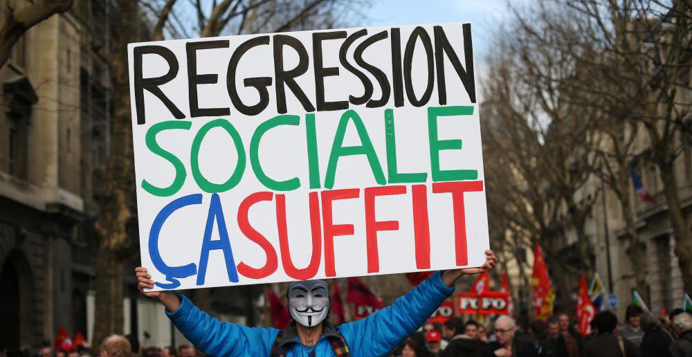 regression sociale