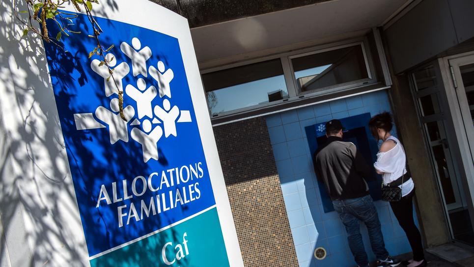 Les aides personnelles au logement, dont les APL, subiront une baisse de 5 euros par mois à partir d'octobre.